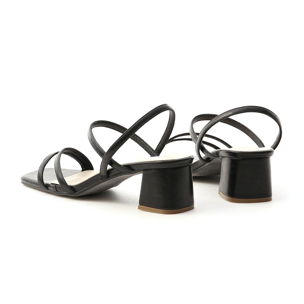 粉彩夏日.一字斜帶方頭中跟涼鞋 時尚黑
