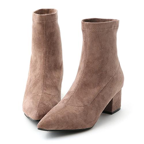 D+AF 潮流魅力.素面尖頭絨料中跟襪靴