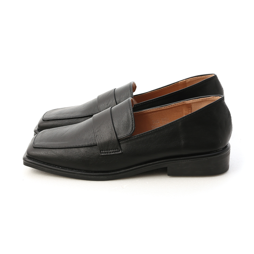 Vintage Layered Square Toe Loafers Black