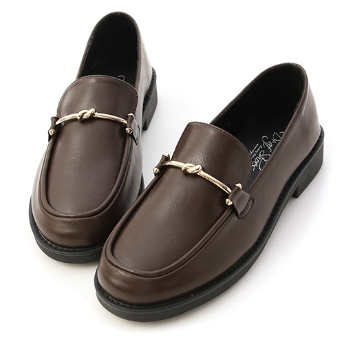 質感步調.金屬扭結平底樂福鞋