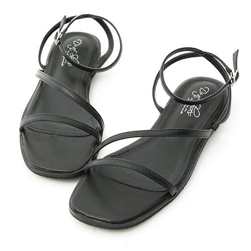 D+AF 完美品味.一字斜帶繫踝平底涼鞋