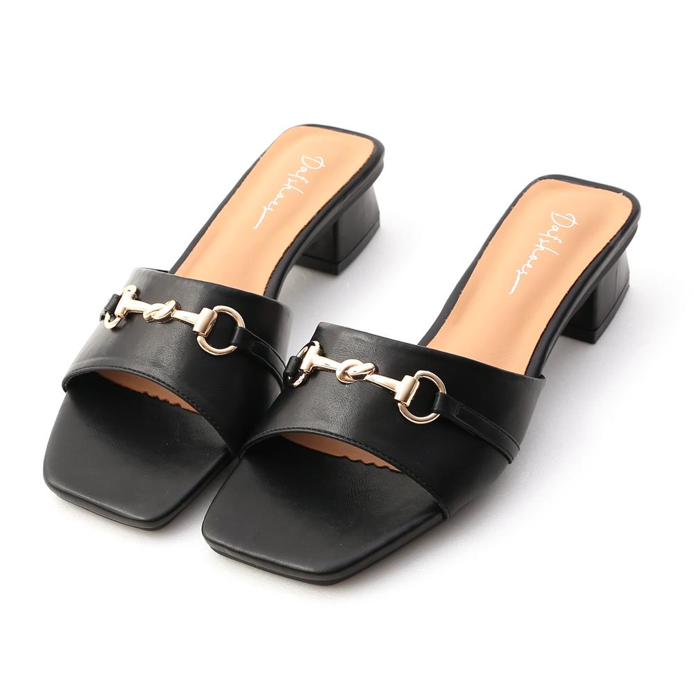 搶眼態度.馬銜釦方頭低跟拖鞋 時尚黑