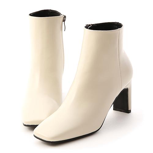美腿指標.復古方頭美型高跟短靴