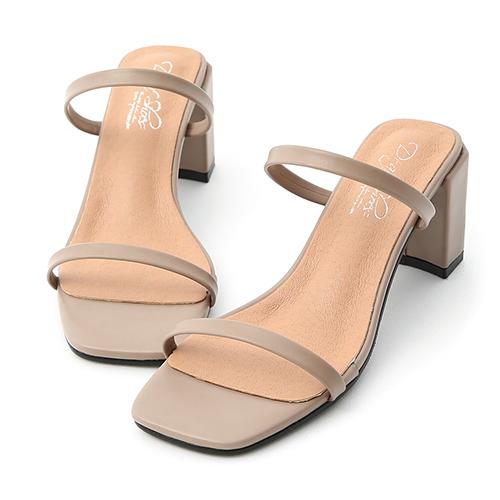 D+AF 時尚美型.一字雙帶方頭高跟涼鞋