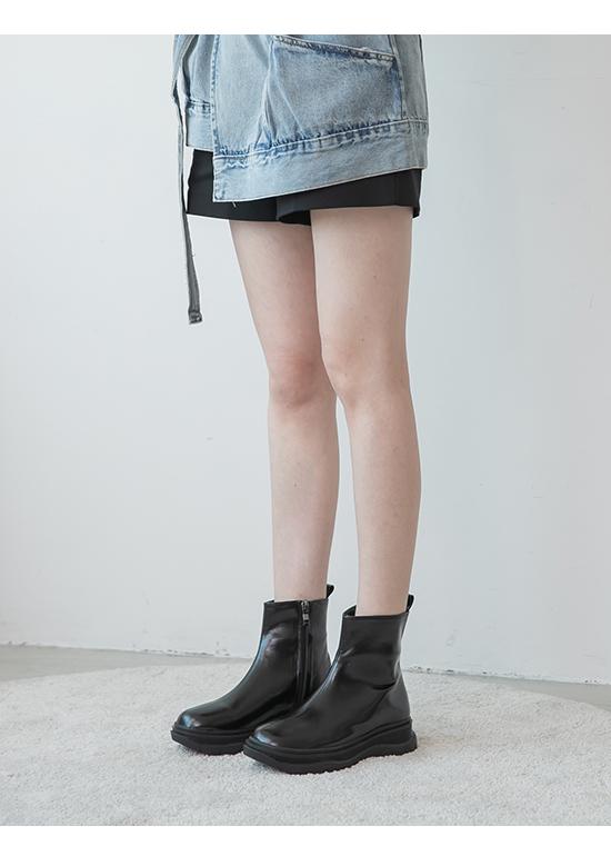 Plain Chunky Sole Boots Black