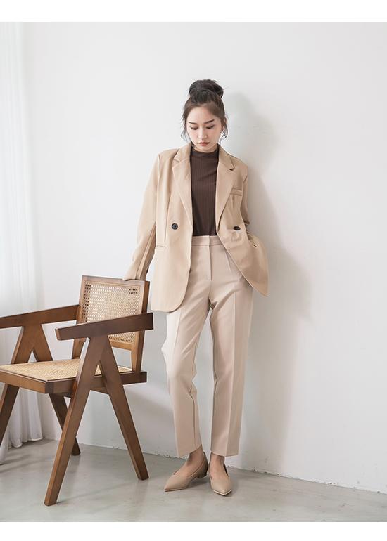 典雅氛圍.韓風素面低跟尖頭鞋 奶茶杏
