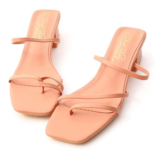 專屬夏日.不對稱設計低跟涼鞋
