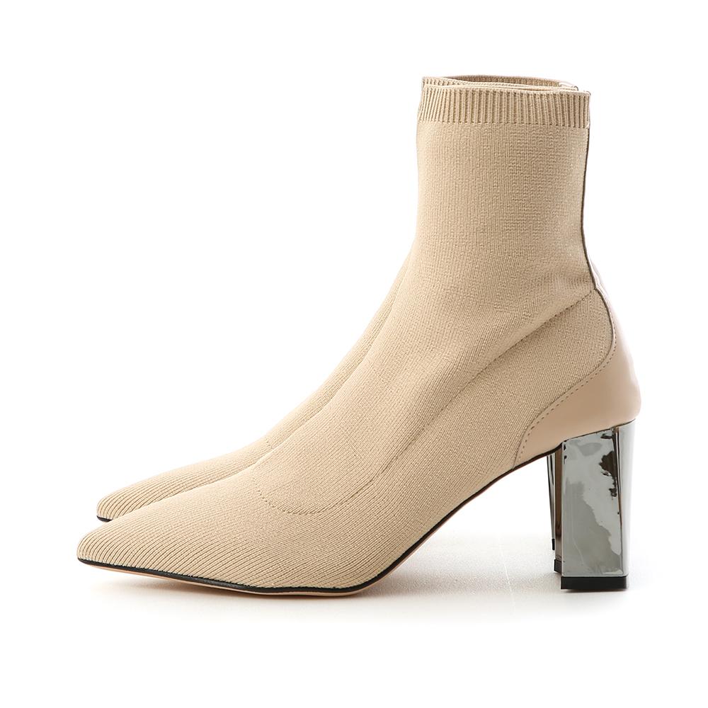 聚焦魅力.彈力針織尖頭金屬跟襪靴 百搭杏