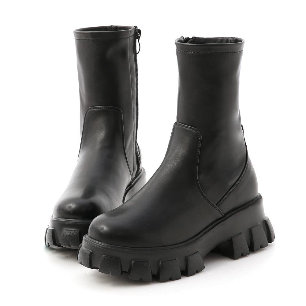 D+AF 暗黑風潮.超輕量素面鋸齒靴