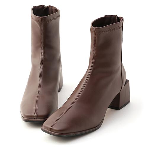 極簡時尚.素面方頭積木跟襪靴