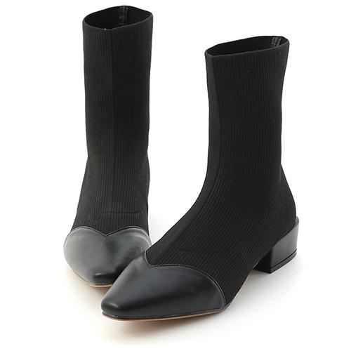D+AF 街拍時尚.異素材拼接尖頭低跟襪靴