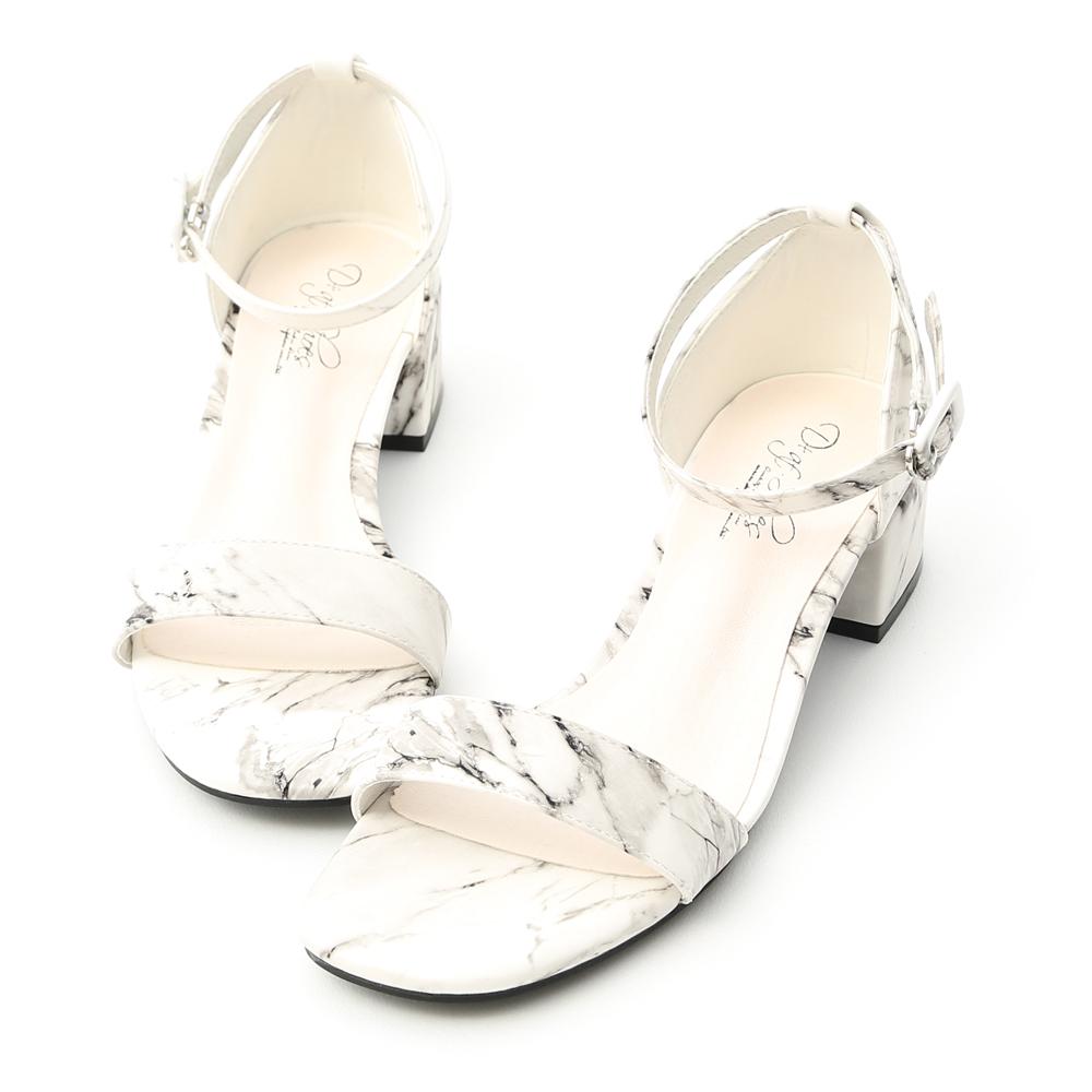 D+AF 完美獨特.大理石紋一字低跟涼鞋