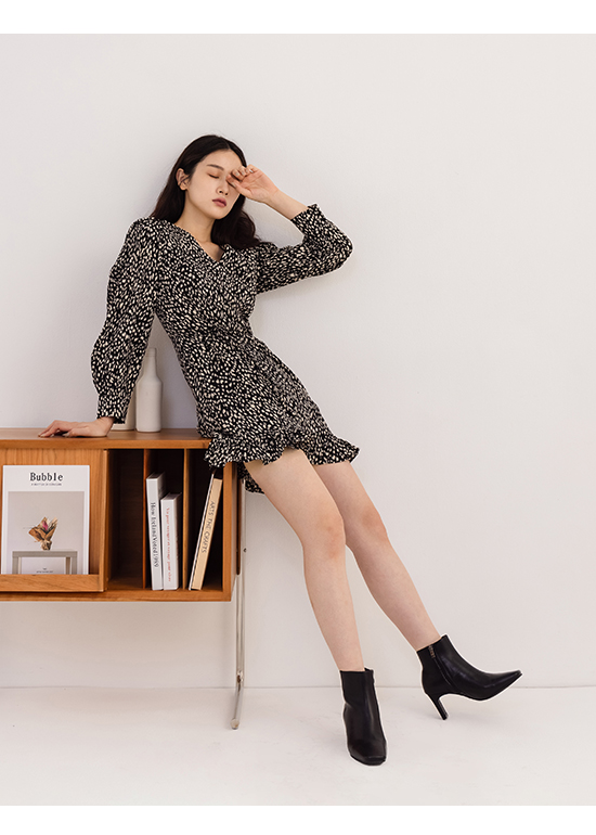Square Toe Flat Heel Ankle Boots Black