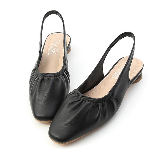溫柔小姐姐.方頭抓皺後空娃娃鞋 時尚黑