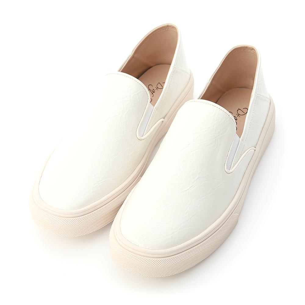 百搭主流.漆皮可後踩休閒懶人鞋 人氣白