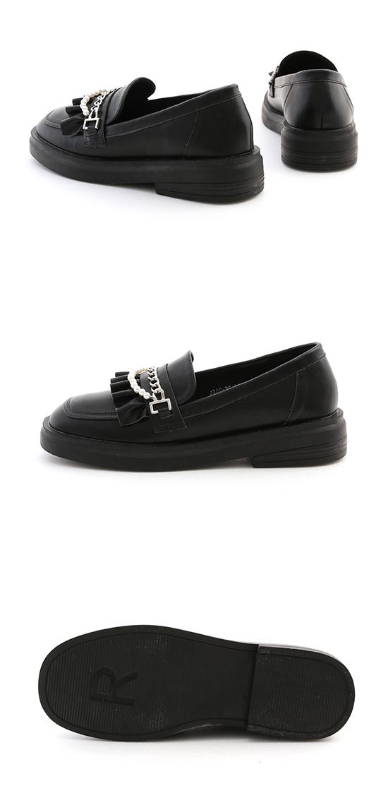 歌德風格.珍珠鍊條小波浪樂福鞋 時尚黑