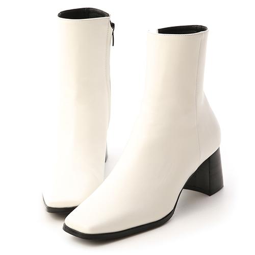 韓風嚴選.復古方頭黑木根短靴