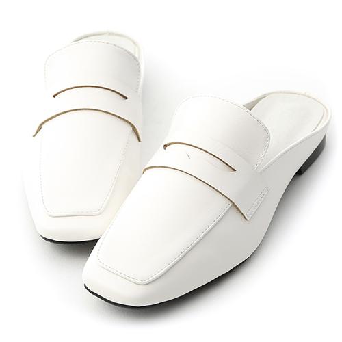 隨性步調.經典款方頭平底穆勒鞋