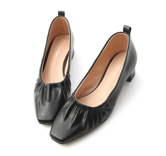 仙女日常.方頭抓皺中跟娃娃鞋 經典黑
