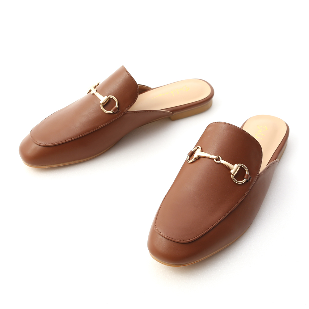 經典潮流.質感馬銜釦平底穆勒鞋 焦糖棕