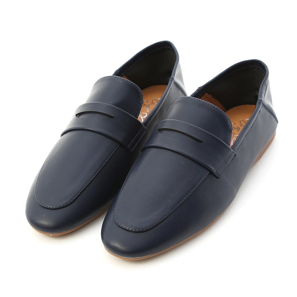 日常印象.經典款可後踩樂福鞋 英國藍