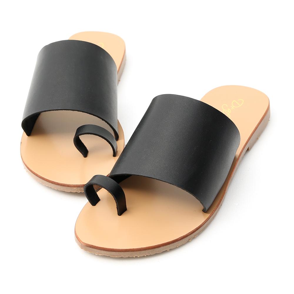 個性搭配.寬版一字套指涼拖鞋 時尚黑