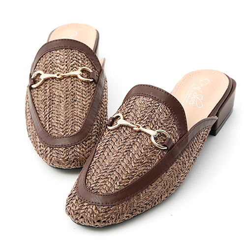 涼感輕著.馬銜釦草編低跟穆勒鞋