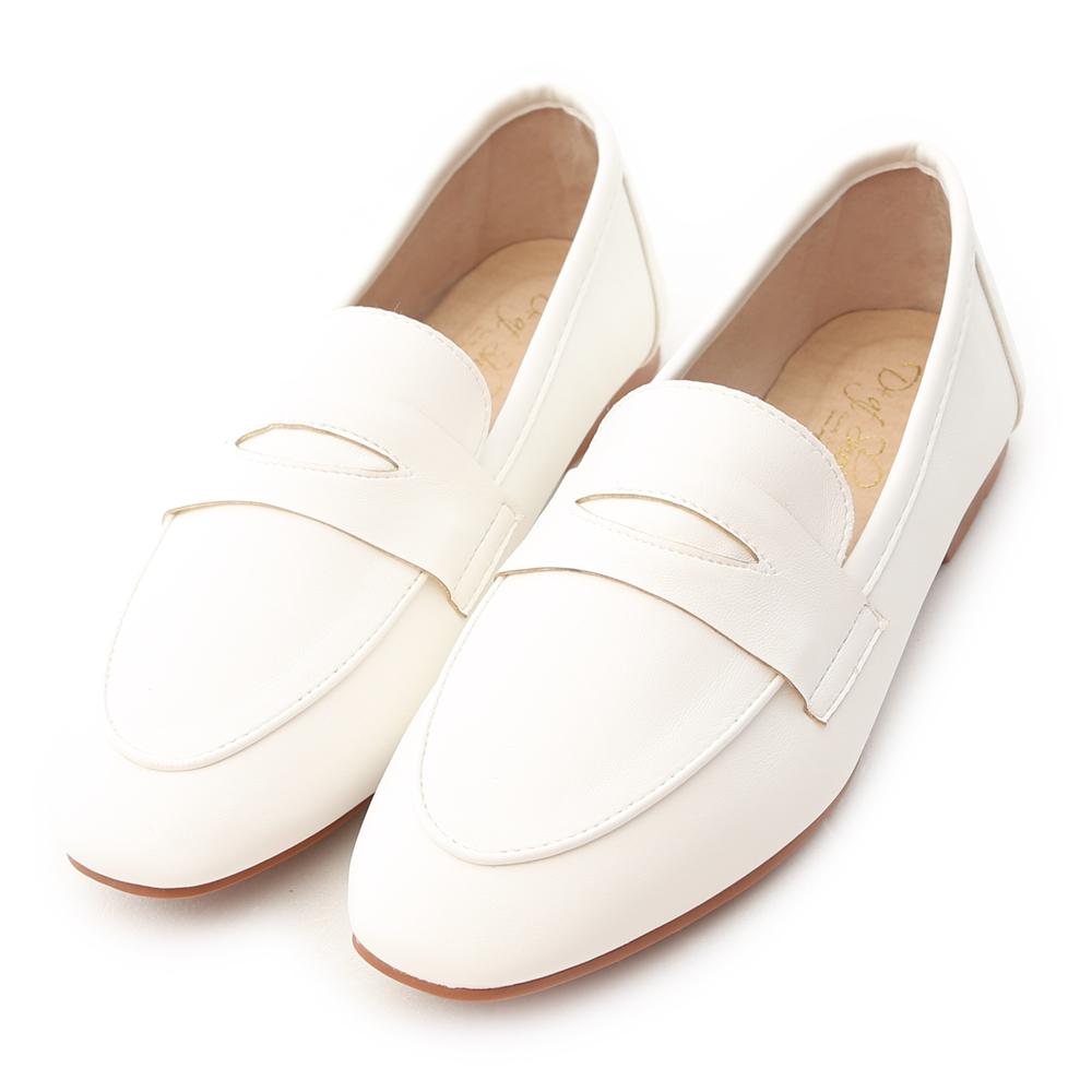 好感印象.經典款超軟平底樂福鞋 人氣白