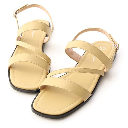 夏氛首選.一字斜帶方頭平底涼鞋