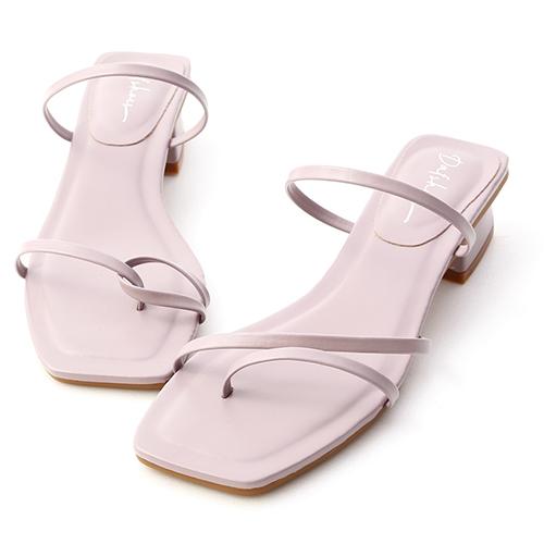 輕夏時光.不對稱細帶低跟涼鞋