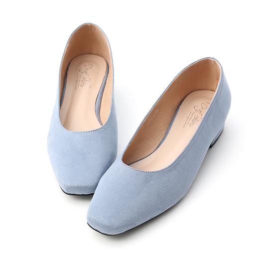 好感春氛.素面絨料方頭低跟鞋 寧靜藍