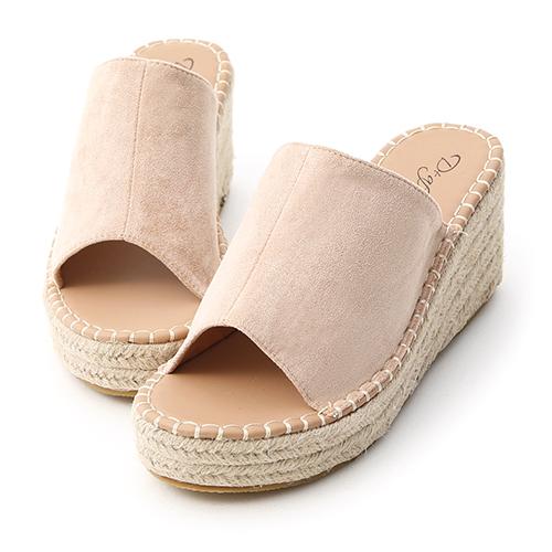 D+AF 仲夏魅力.一字寬版草編楔型拖鞋
