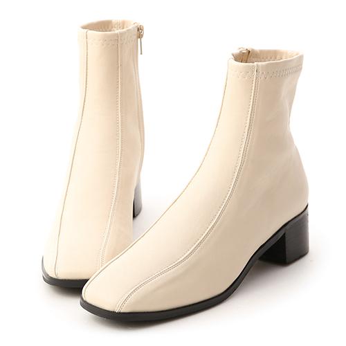 獨特宣言.雙摺線設計低跟襪靴