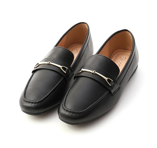 百搭好感.馬銜釦小方頭樂福鞋 時尚黑