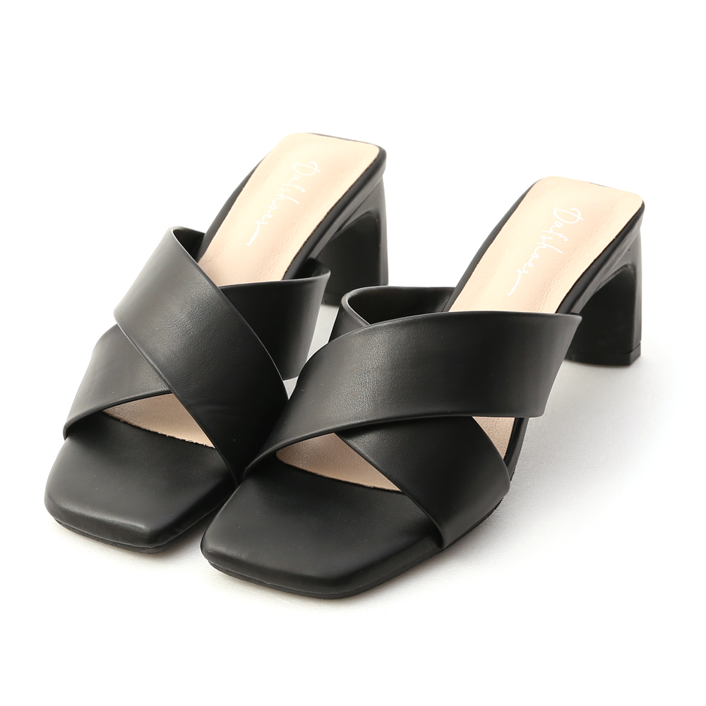 清爽造型.寬版交叉扁跟高跟涼鞋 時尚黑