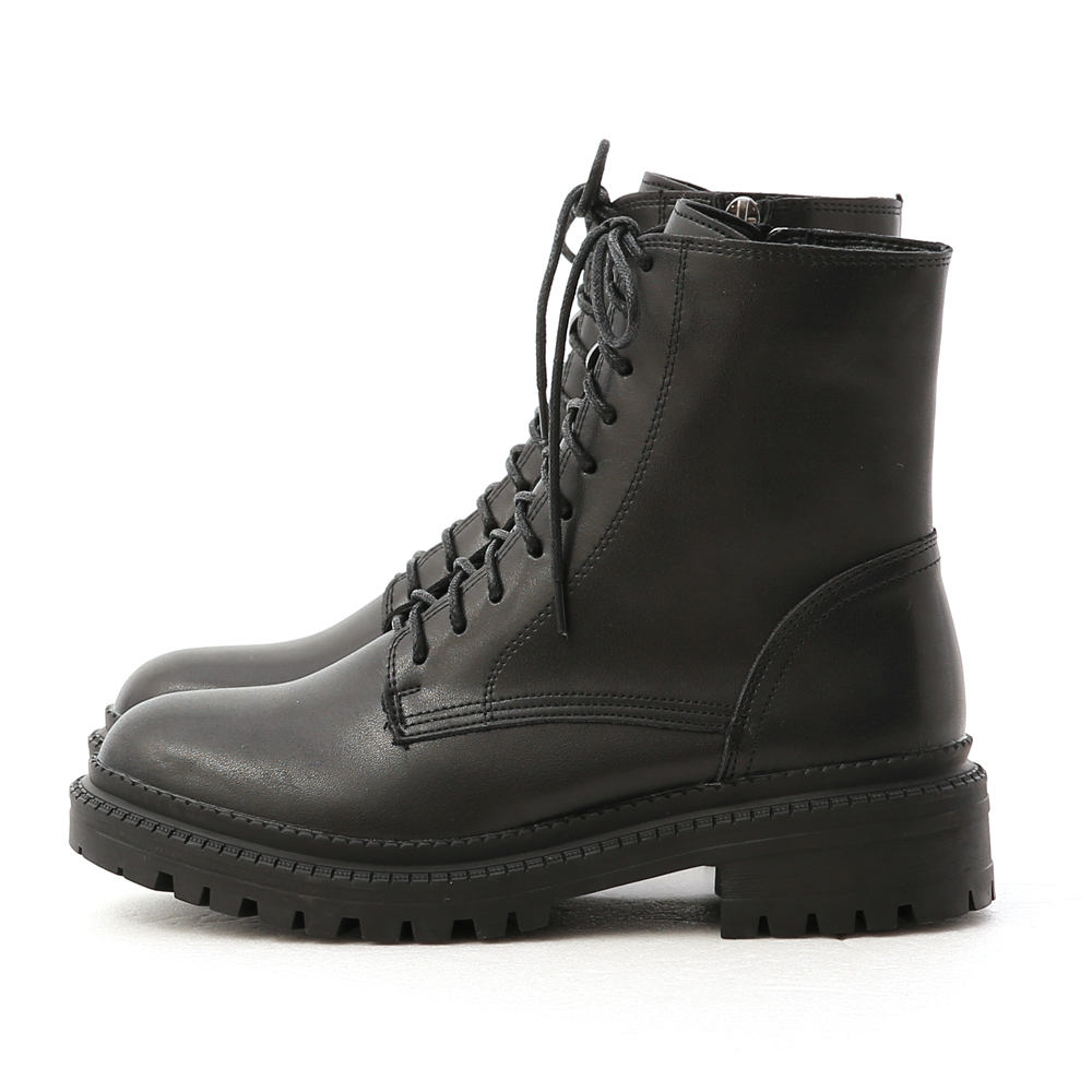 Thick Sole Lace-Up Martin Boots Black