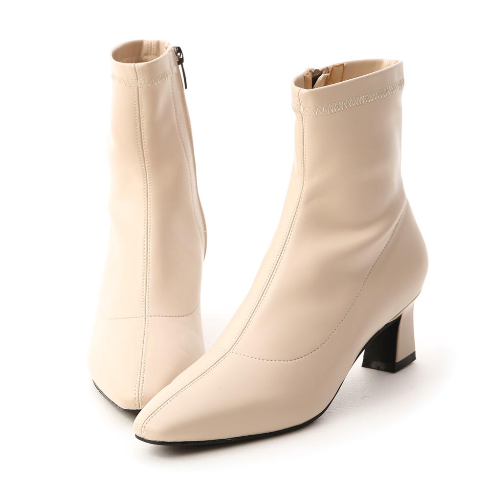 D+AF 完美搭配.素面車線馬蹄跟襪靴