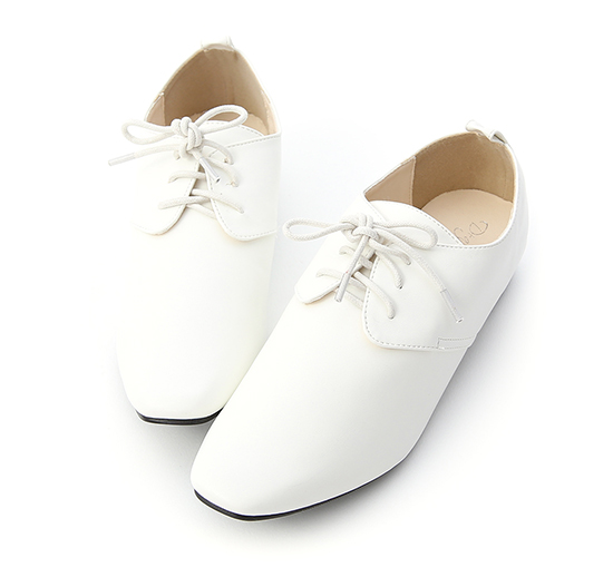 Retro Square Toe Lace-up Oxfords White