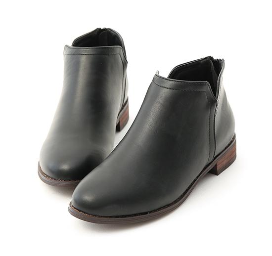 Side V-cut Stacked Heel Boots Black