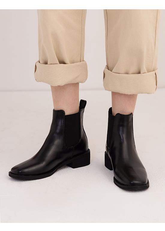 率性指標.方頭低跟切爾西短靴 時尚黑