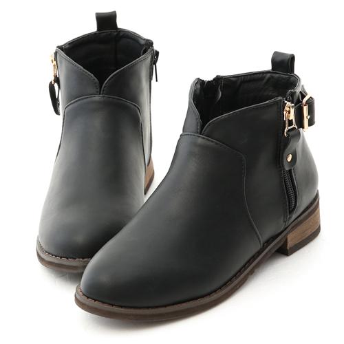 D+AF 好評推薦.V口拉鍊釦環內增高短靴