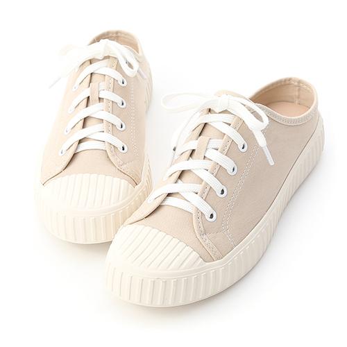 D+AF 完美焦點.顯瘦感素面方頭長靴