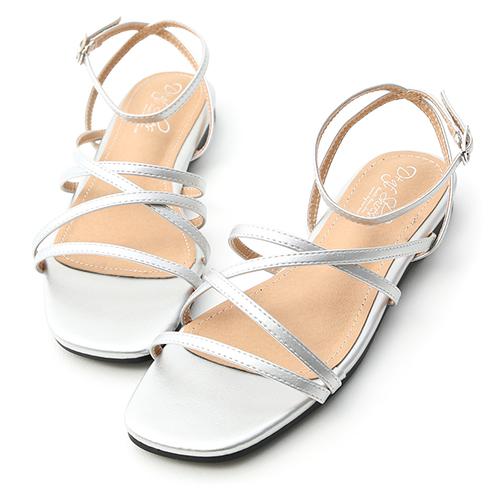 D+AF 獨特魅力.層次感細帶方頭平底涼鞋