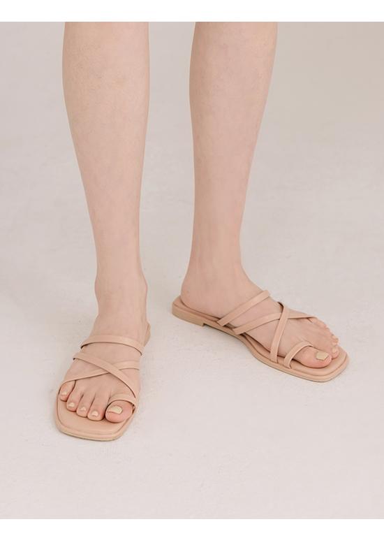 涼感假期.交叉細帶套指平底涼鞋 裸膚粉