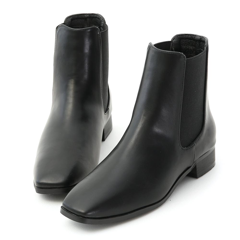 Square Toe Chelsea Boots Black