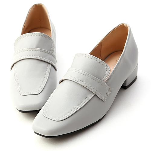 品味搭配.立體車線低跟樂福鞋
