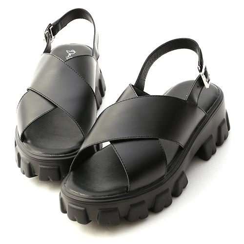 潮酷主題.寬帶交叉鋸齒底涼鞋
