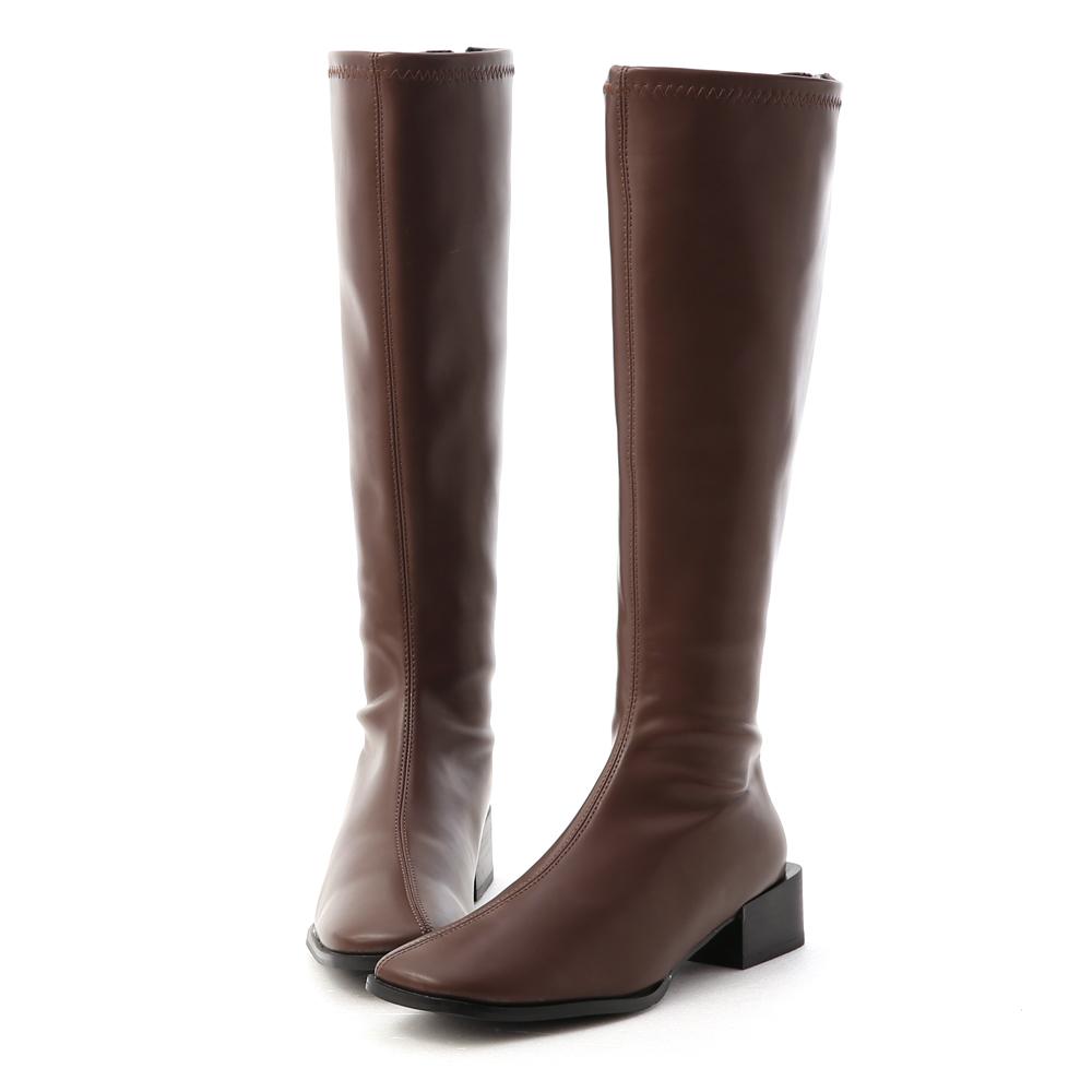 冬氛宣言.斜方頭積木跟膝下長靴 經典咖