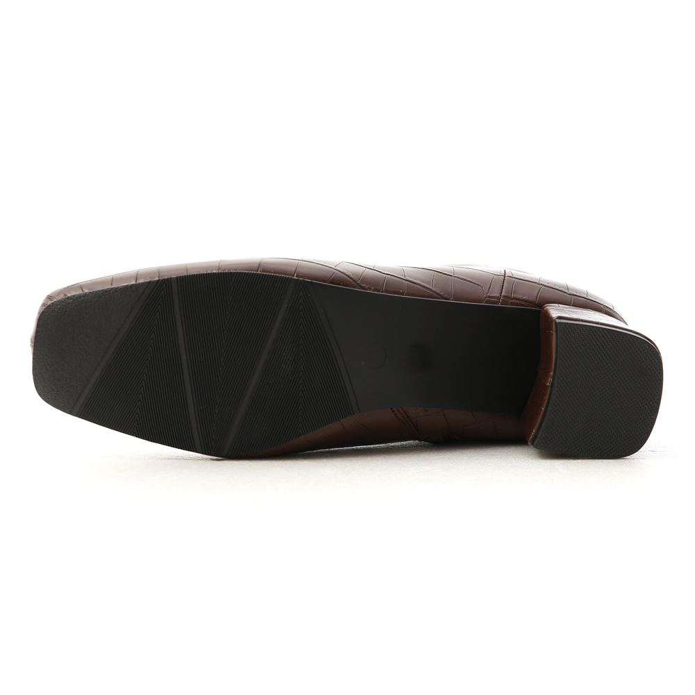 明星焦點.質感壓紋方頭中跟短靴 經典咖