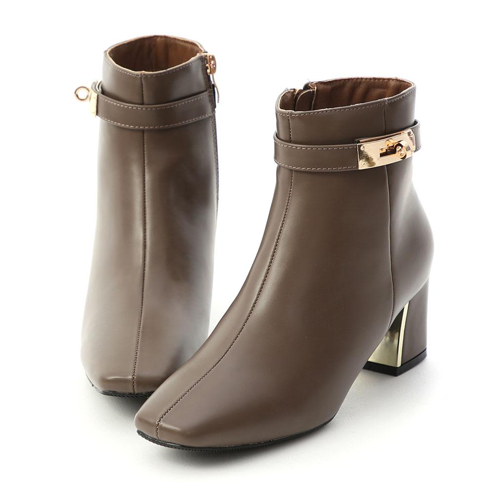 貴族風尚.質感鎖釦金屬跟短靴 摩卡棕